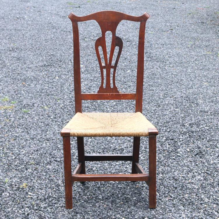 QUEEN ANNE STYLE SIDE CHAIR