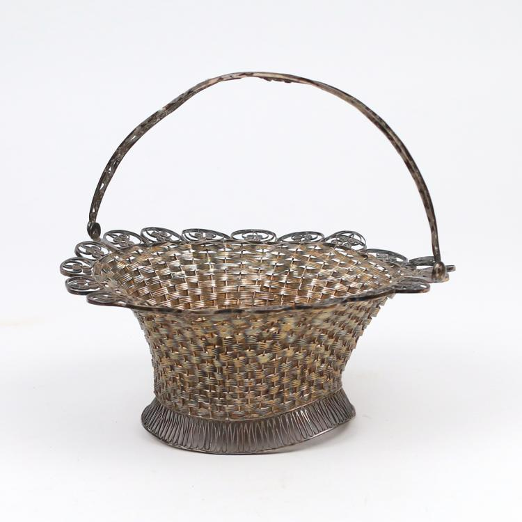 CONTINENTAL WOVEN SILVER SWEET MEAT BASKET