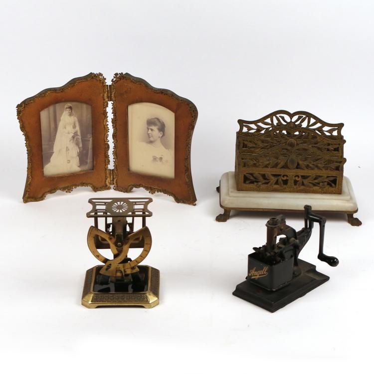 (4pc) MISC. DESK ITEMS