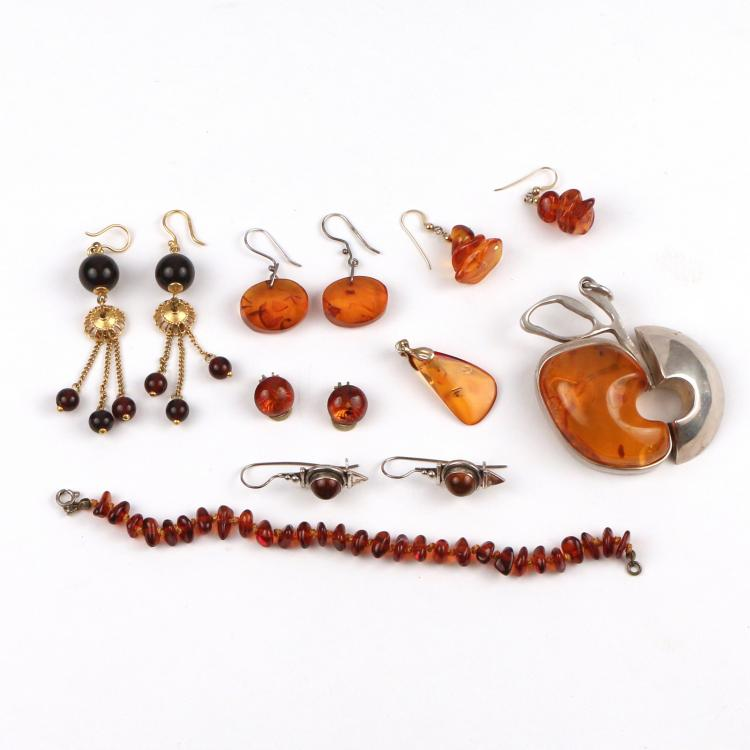 (13pc) LOT OF AMBER JEWELRY