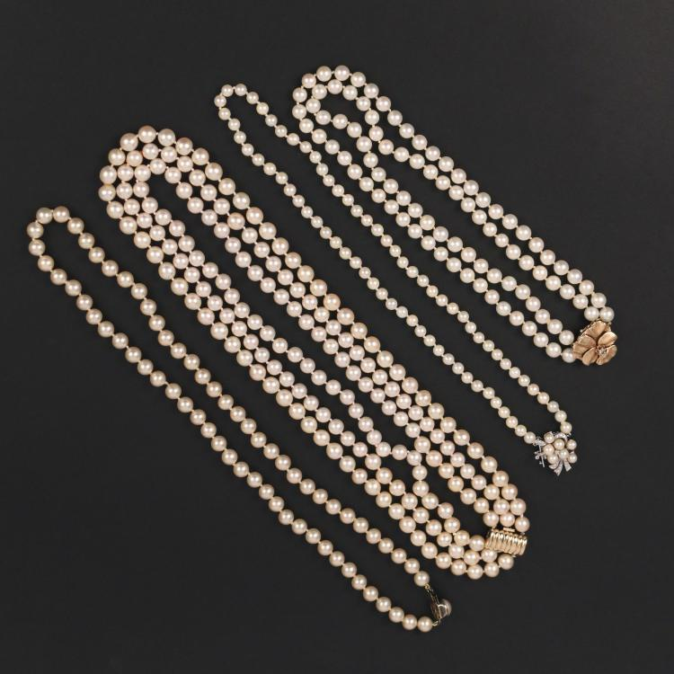 (4pc) PEARL NECKLACES