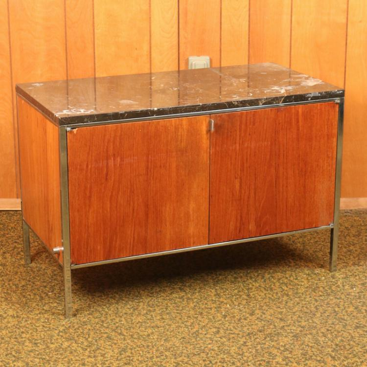 (2pc) ALMA DESK CO. EXECUTIVE'S DESK & CREDENZA