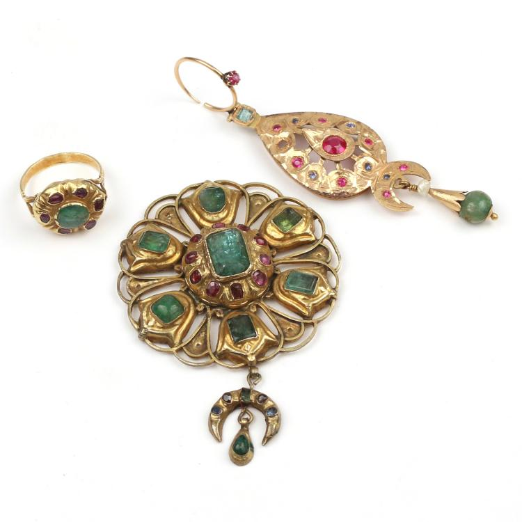 (3pc) GOLD MIDDLE EASTERN JEWELRY