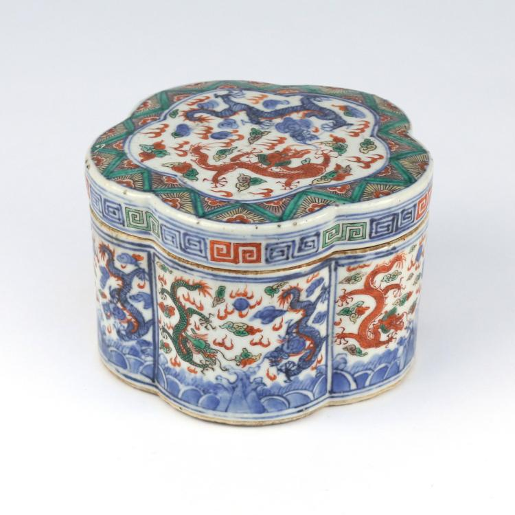 CHINESE WUCAI PORCELAIN FOOD BOX