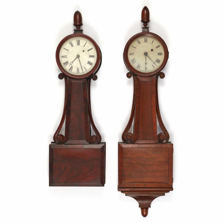 (2pc) NEAR-PAIR FEDERAL MAHOGANY BANJO CLOCKS