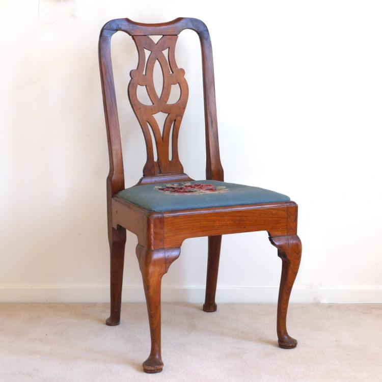 QUEEN-ANNE OAK SIDECHAIR