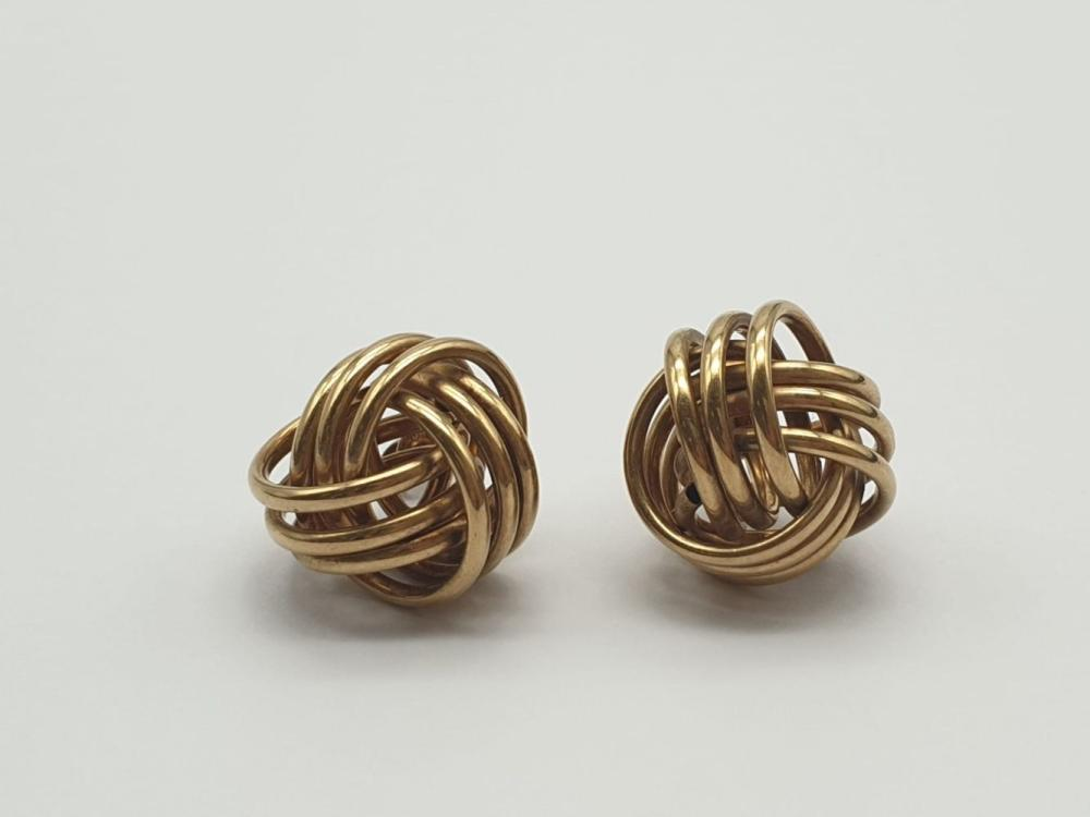 A Pair of 9k Yellow Gold Twist earrings. 3.22g