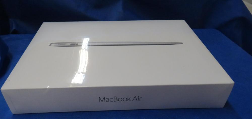 "Apple Mac Book Air 13"" LED Widescreen Notebook"