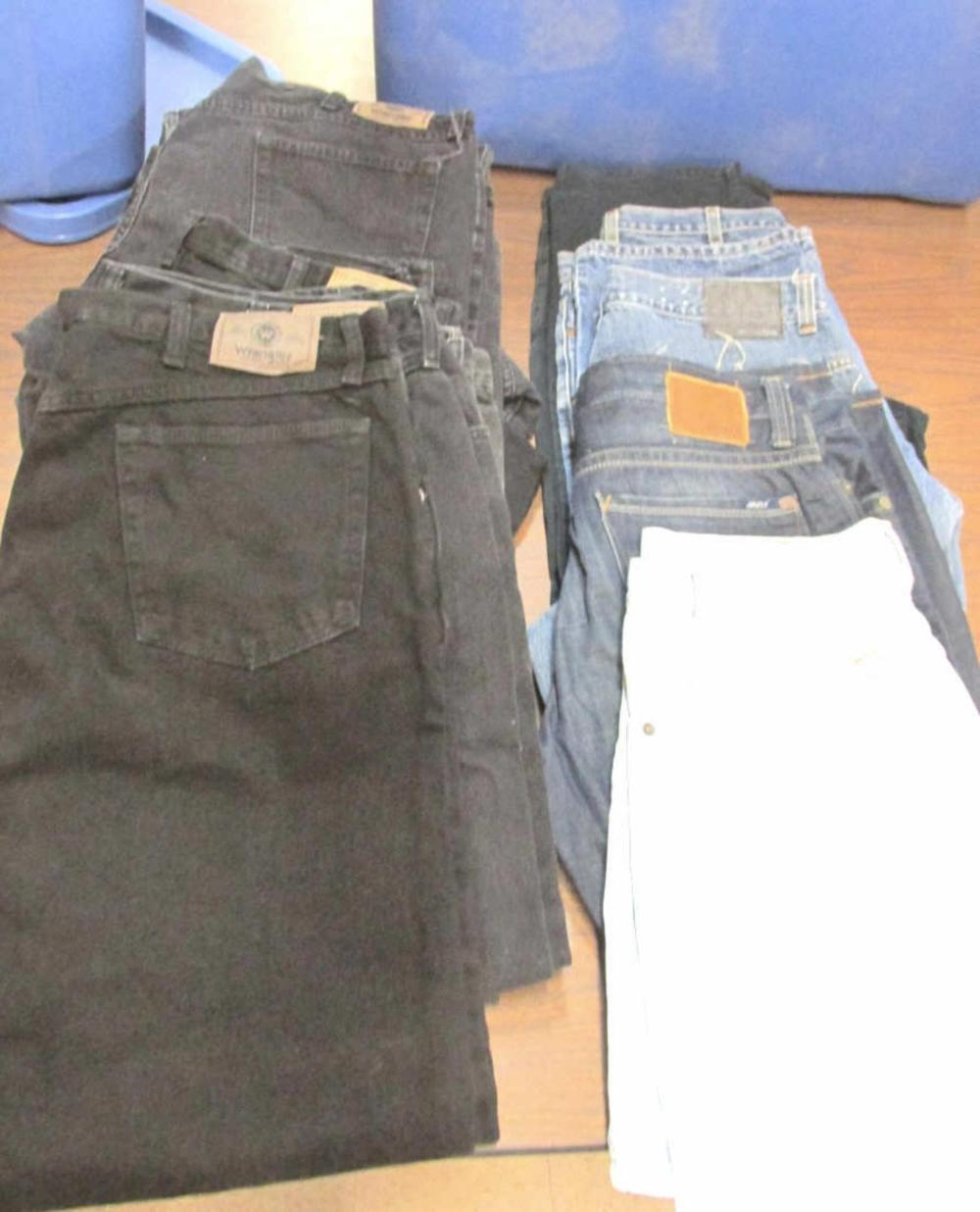 15 Pair Of Men's Jeans Size 38