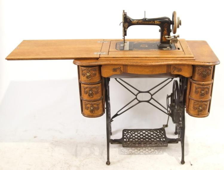 Minnesota model a sewing machine Model home furniture auction mn