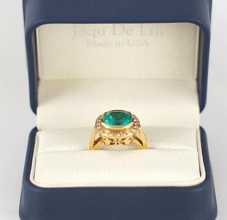 18kt yellow gold 6.35ct Emerald & Diamond ring
