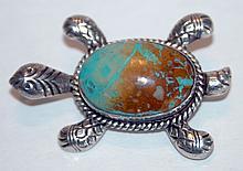 Sterling turtle turquoise pendant/vintage