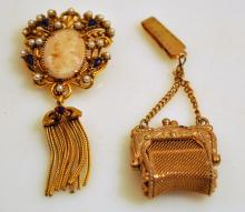 Costume vintage cameo/purse