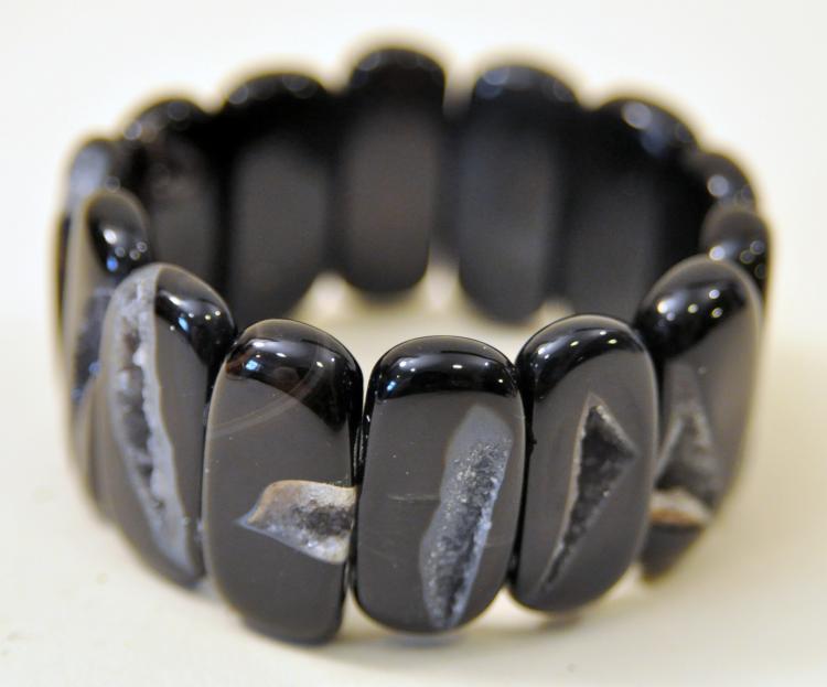 Agate druzy black bracelet