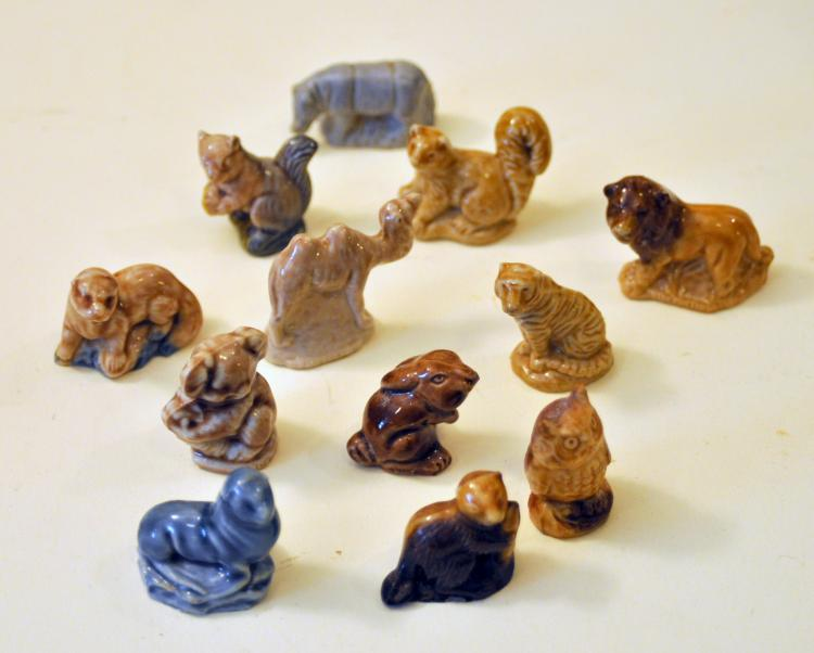 MIniature Wade Red Rose tea animals