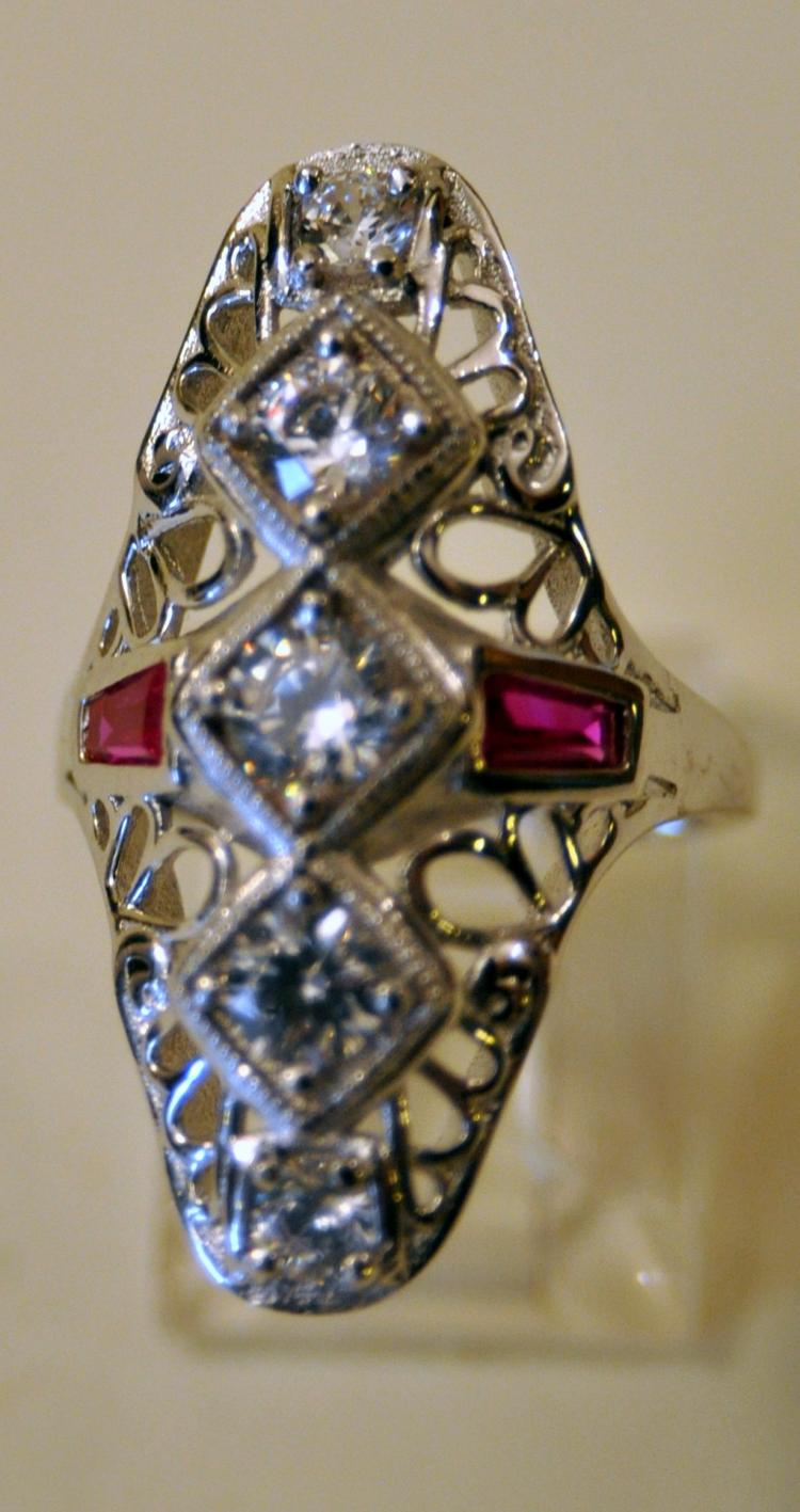 Cocktail 30's style sterling ring