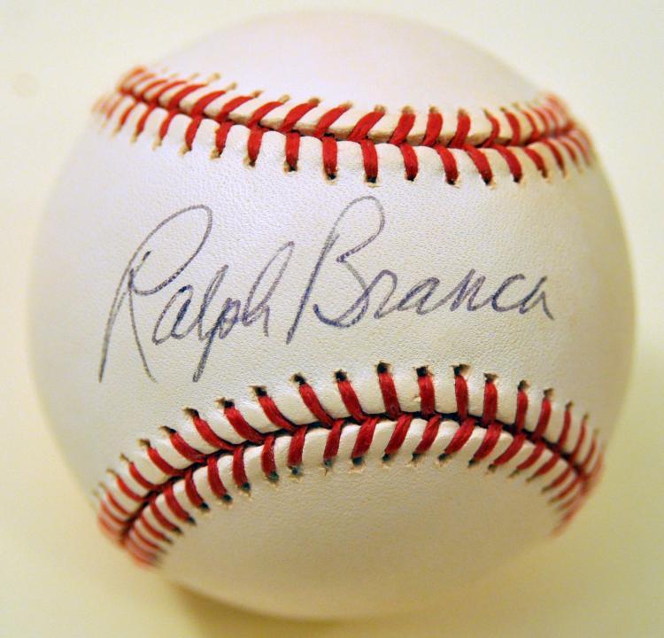 Baseball signed Ralph Branca