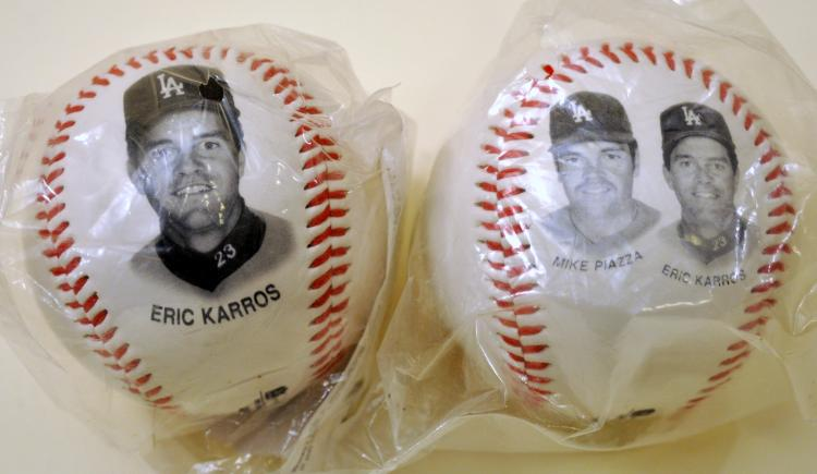 Dodgers photo baseballs Piazza plus