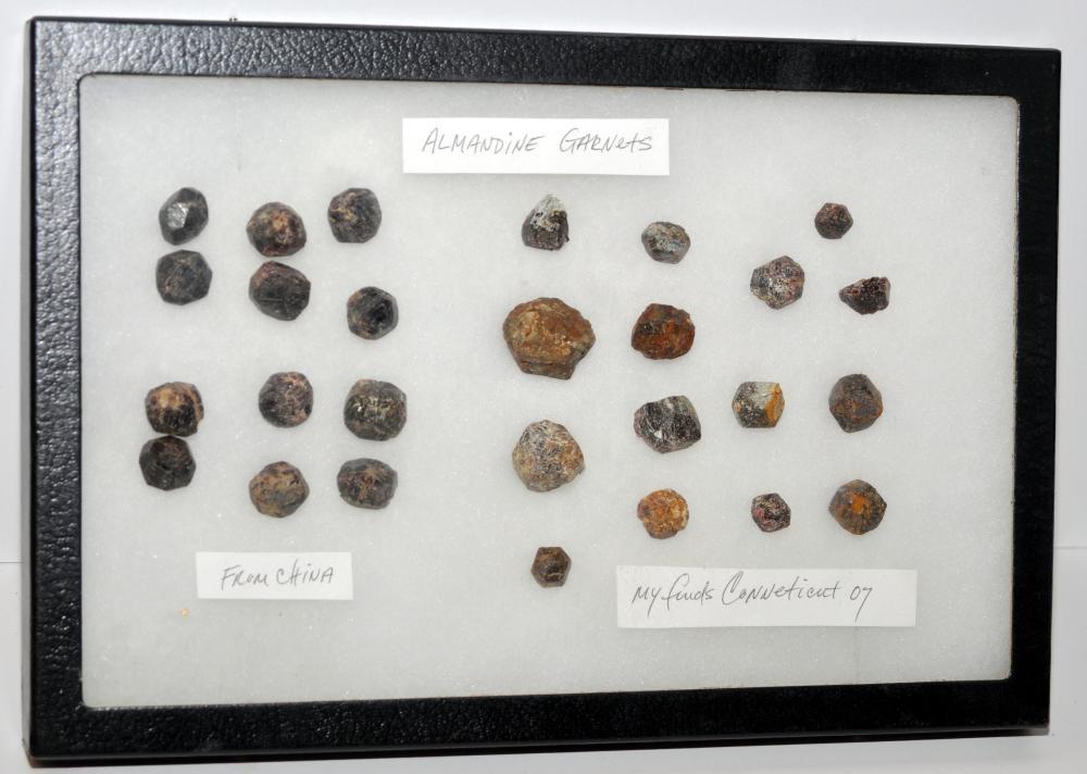 Garnet natural specimens 28