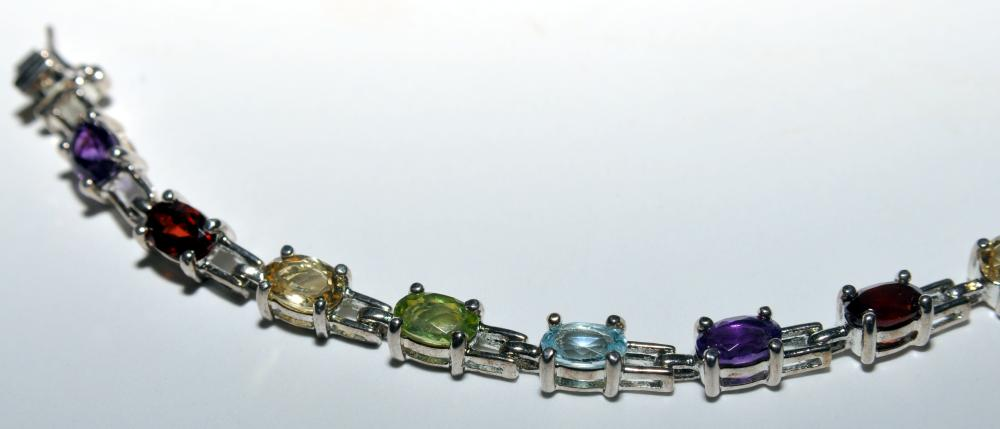 Lot 70: Amethyst bracelet sterling gemstone