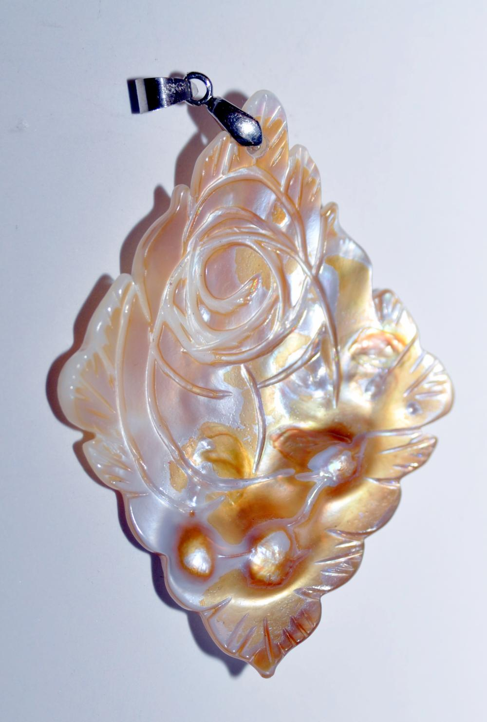 Pendant blister pearl  carved engraved