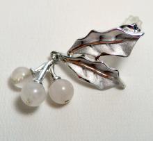 Lot 247: Sterling earrings gemstone spheres