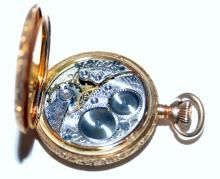 Lot 289: 14k ladies Waltham pocketwatch vintage