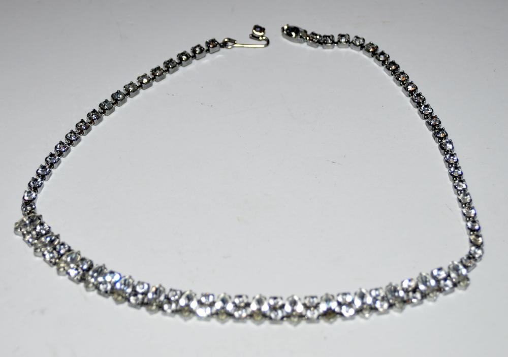 Lot 353: Weiss rhinestone necklace fancy