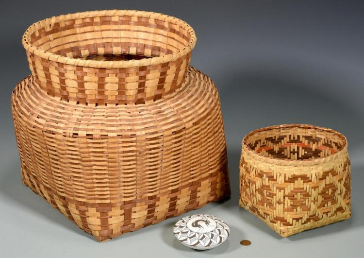 2 Native American Baskets & 1 Pottery Jar