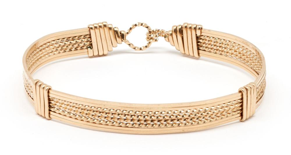 Ladies 14K Buckle Style Bangle Bracelet