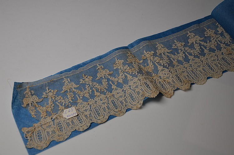 A FRENCH ANCIENNE LACE BORDER