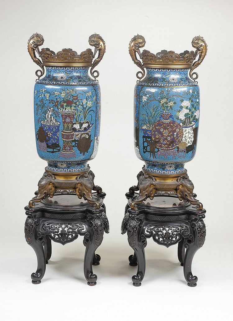 Estupenda pareja de jarrones chinos siglo XIX,