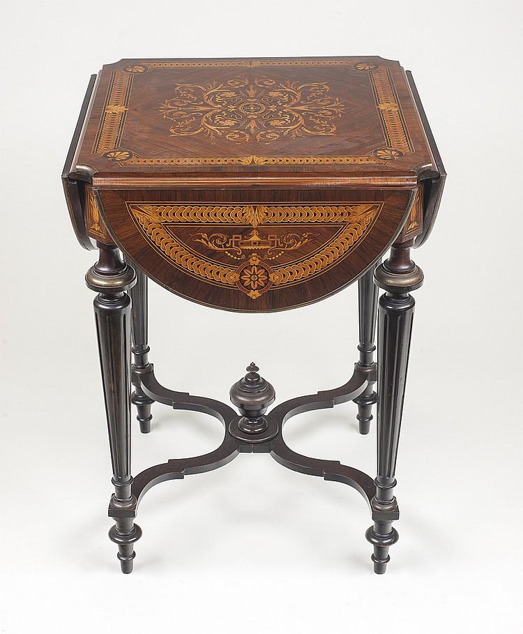 Fina mesa Napoleón III,