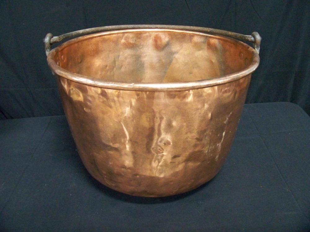 I Love It! Large Copper Cauldron