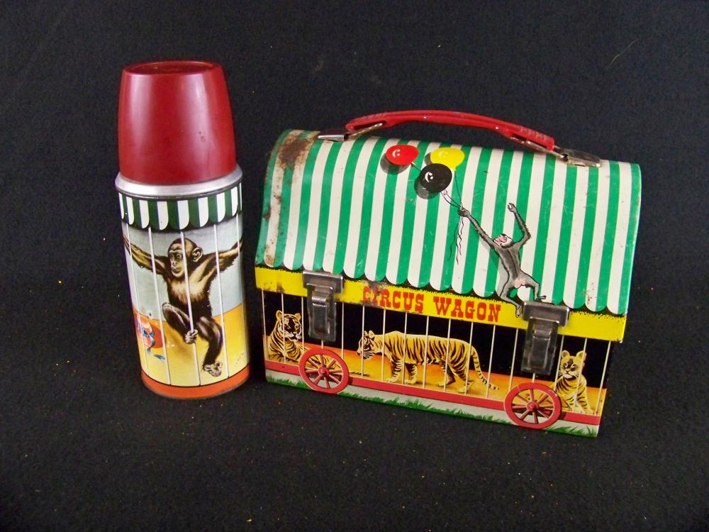 1958 Circus Wagon Domed Lunchbox with Thermos