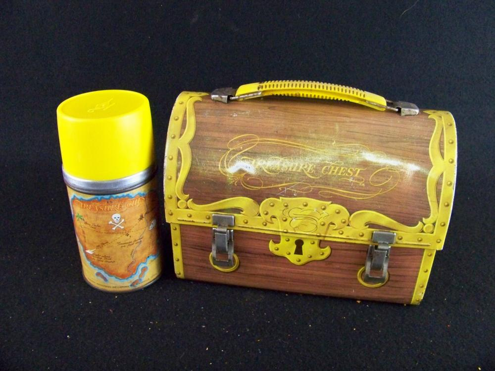 1961 Treasure Chest Lunchbox with Thermos