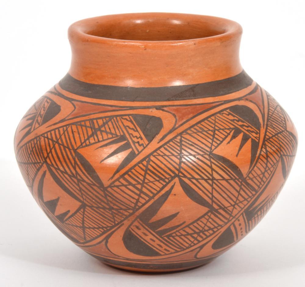 Priscilla Namingha Hopi-Tewa 'Migration' Vase