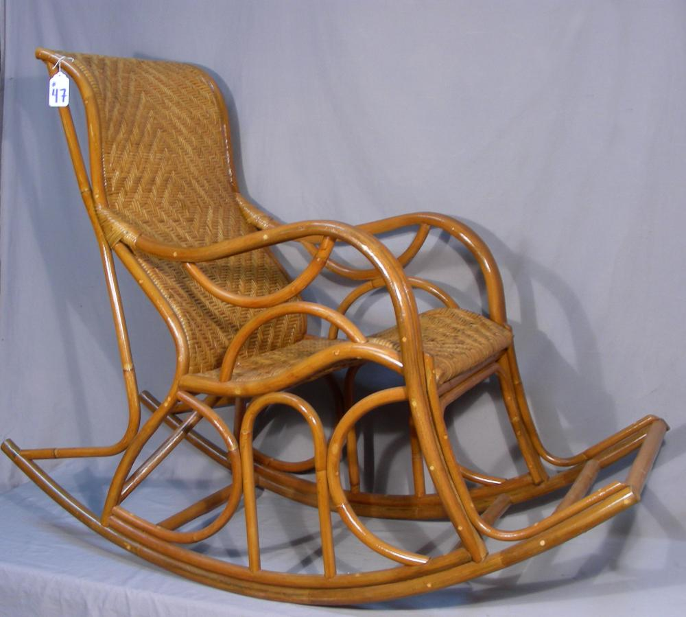 Magnificent Large Hand Made Wicker Rocking Chair Dailytribune Chair Design For Home Dailytribuneorg