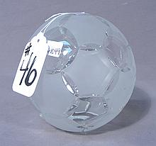 CUT CRYSTAL SOCCER BALL