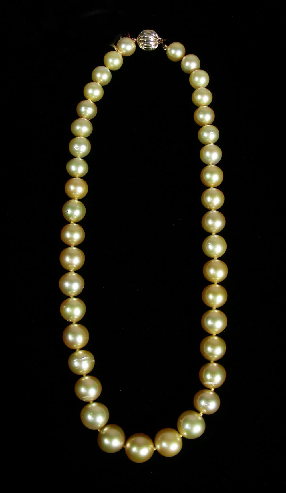 VERY FINE 14K YELLOW GOLD & GOLDEN PEARL NECKLACE