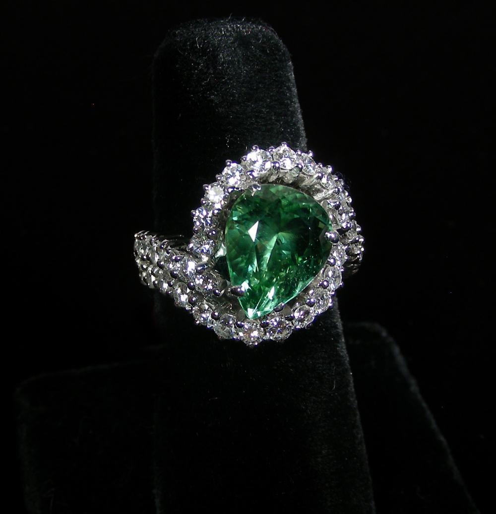 LADIES 14K WHITE GOLD, GREEN TOURMALINE & DIAMOND RING