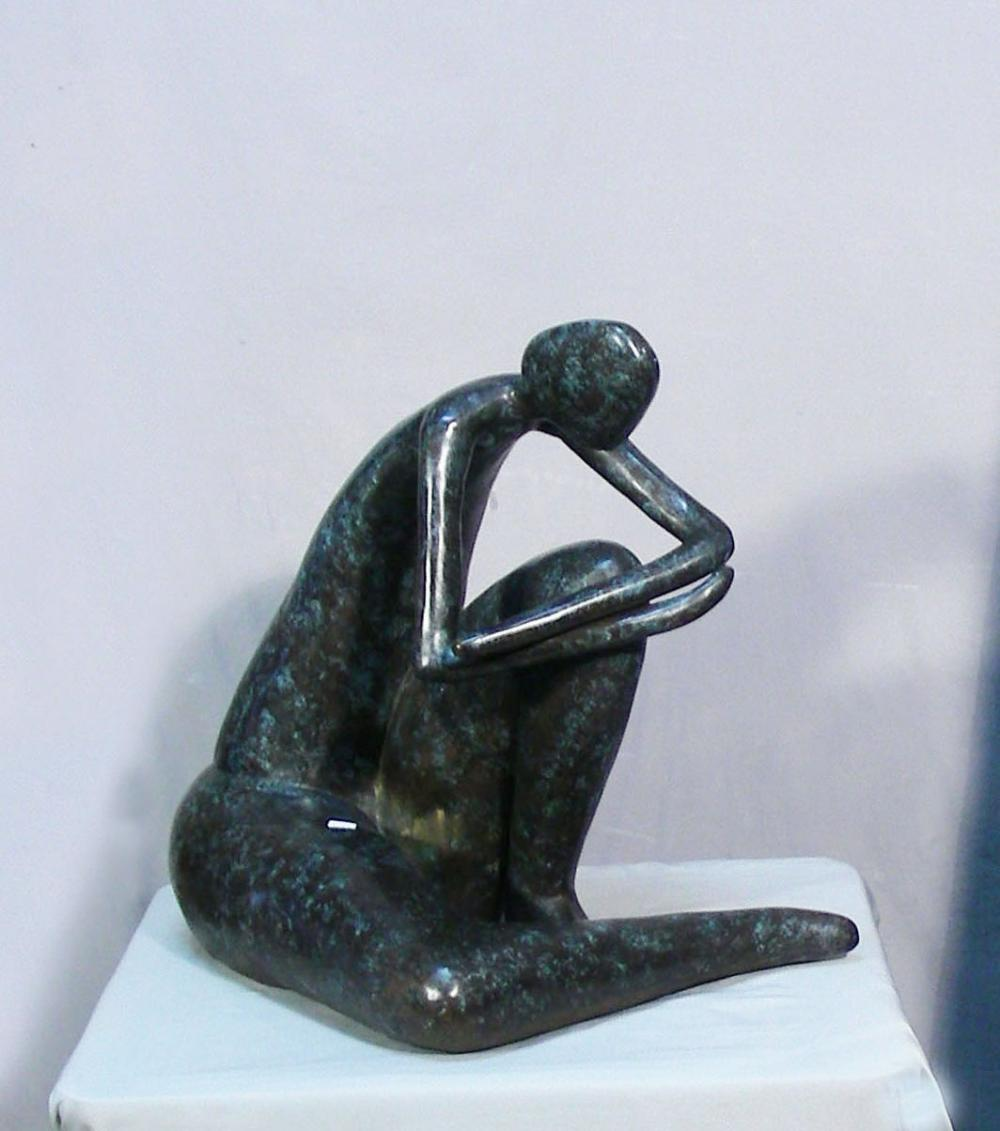 VERY FINE HEAVY ABSTRACT BRONZE SCULPTURE OF SEATED WOMAN