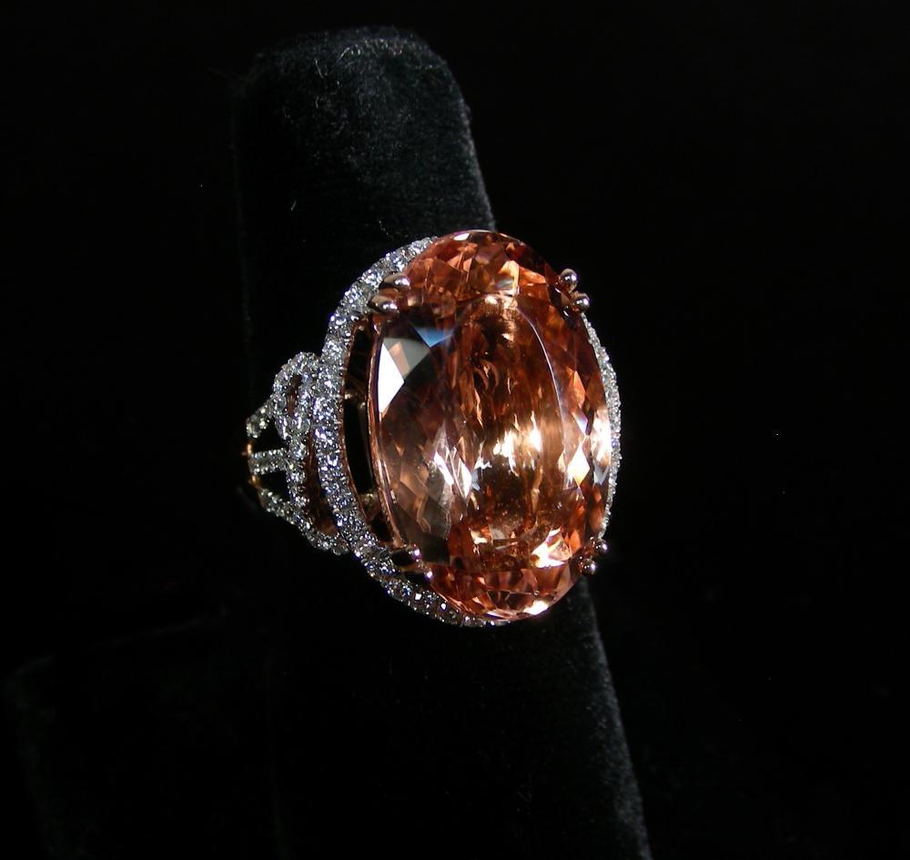 LADIES 14K ROSE GOLD, MORGANITE & DIAMOND RING