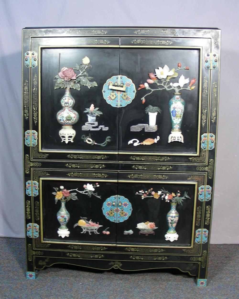 VERY FINE VINTAGE CHINESE BLACK LACQUER, SOAPSTONE & CLOISONNE CABINET