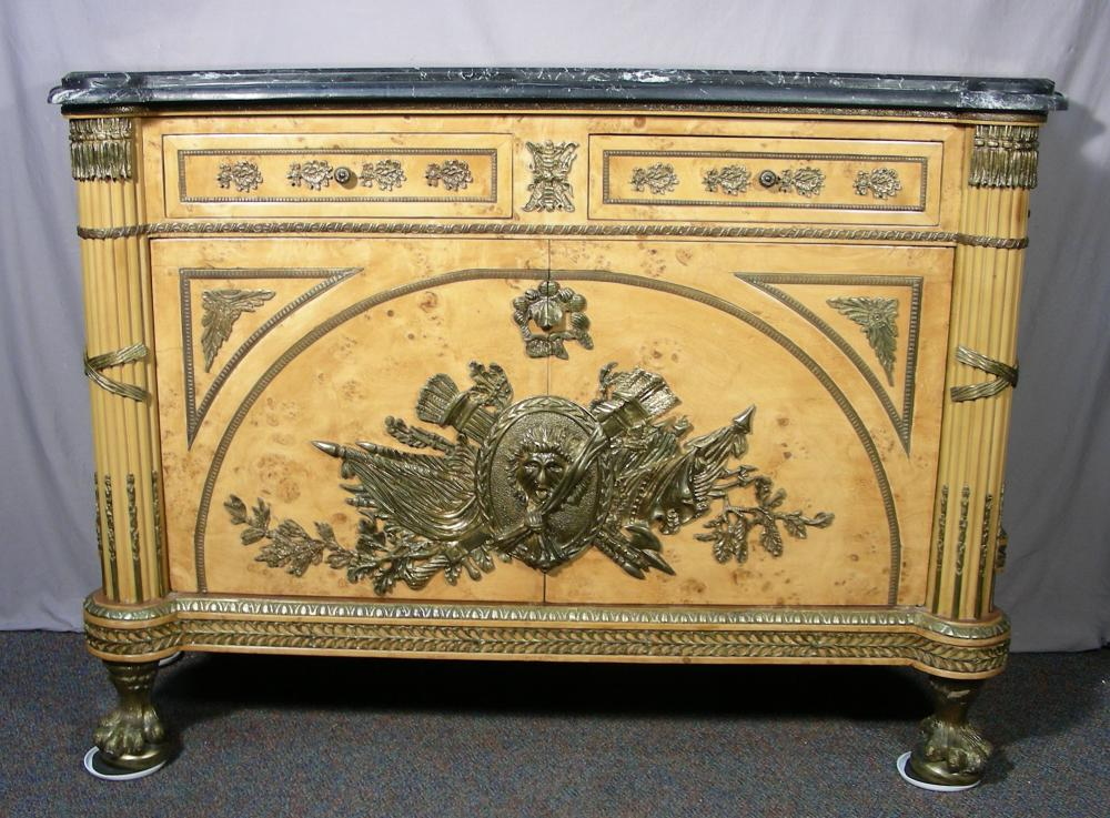 VERY FINE CARVED BURLWOOD COMMODE WITH ORMOLU DECORATIONS AND MARBLE TOP
