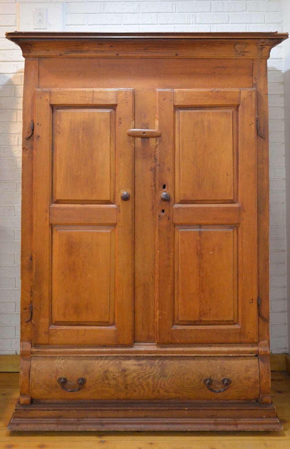 Pine closet / armoire - c.1800-1850