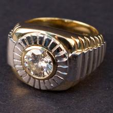 Ladies Ring in White and Yellow 14K Gold with Diamond