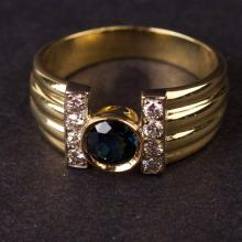 Ladies Ring in Yellow 18K Gold with Diamonds and Sapphire