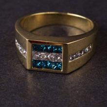 Ladies Ring in Yellow 18K Gold with Diamonds