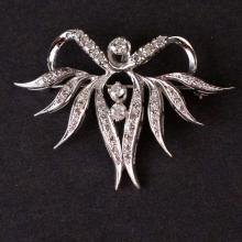 Vintage Ladies Brooch in White 14K Gold with Diamonds